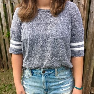 Forever 21 heather gray T-Shirt